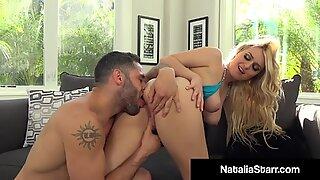 Coño machacar fox ¡Natalia Starr se deja follar y correrse el coño empapado!